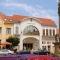 Keszthely - Látnivalók - Balaton Kongresszusi Központ és Színház