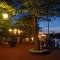 Keszthely - Látnivalók - Móló, pavilonsor