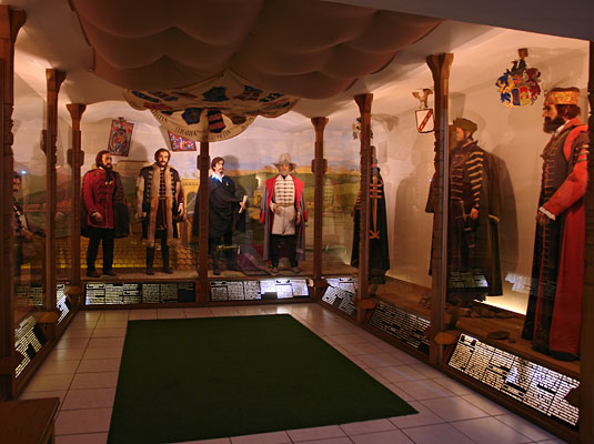 Museum of national costumes, Panoptikum, Snail-parliament ...