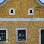 Dongó Ház
