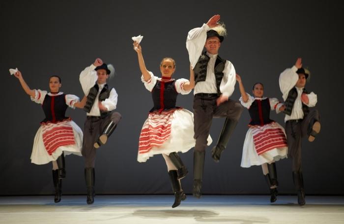 20700-folklor-program-budapesten-1441183946