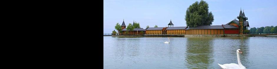 <div><h3>Keszthely</h3><p><strong>Szigetfürdő</strong> -  Pihenjen a Balaton fővárosának legnagyobb strandján, a teljesen felújított szigetfürdőn</p></div>